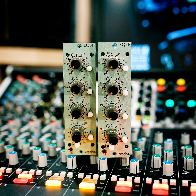 Nouveaux EQ Tonelux EQ5P (Jamafra Studio)